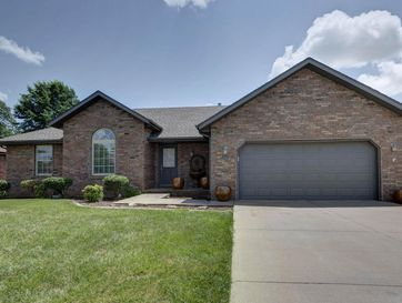 1004 East Eagle Rock Drive Ozark, MO 65721 - Image 1