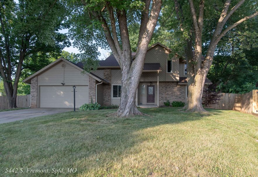 5442 South Fremont Avenue Springfield, MO 65804 - Photo 2