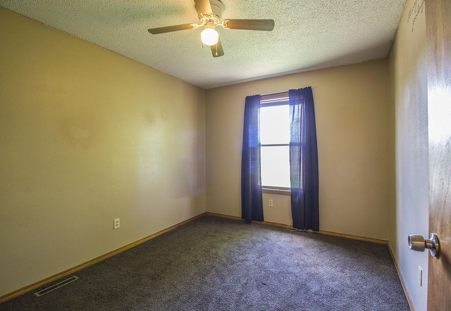 3350 South Sunrise Avenue Springfield, MO 65807 - Photo 17