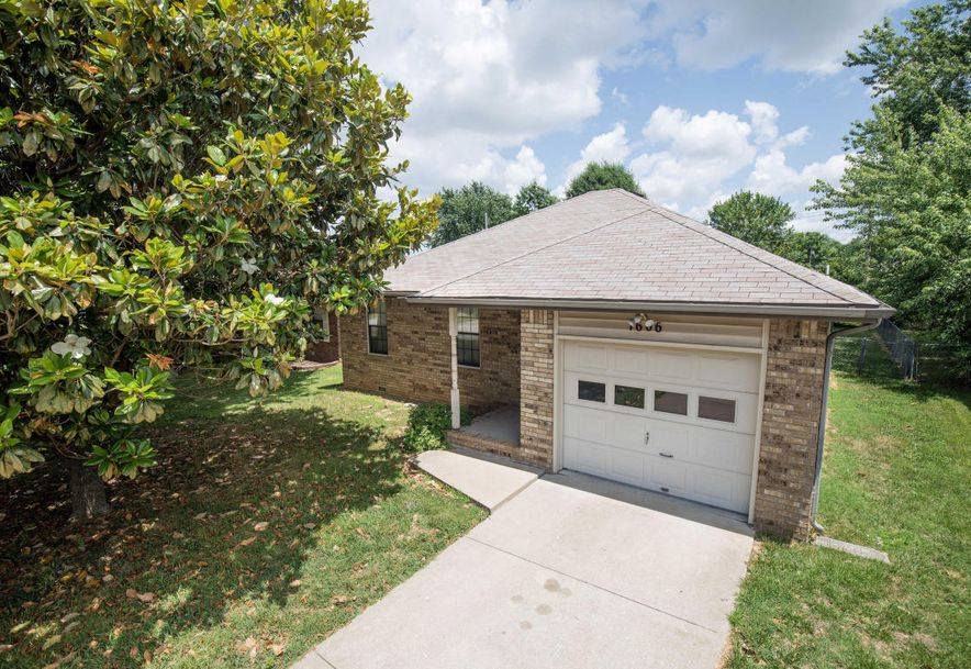1606 North Lone Pine Avenue Springfield, MO 65803 - Photo 40
