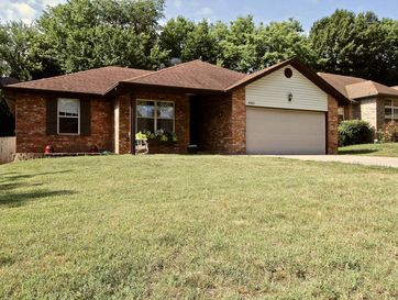 3362 West Erie Street Springfield, MO 65807 - Image 1