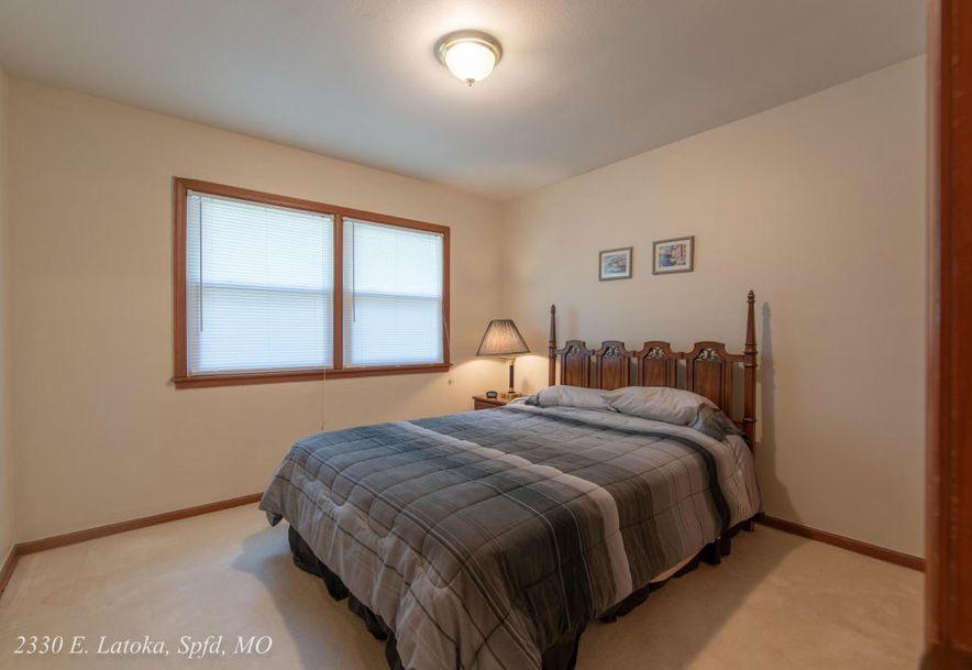2330 East Latoka Street Springfield, MO 65804 - Photo 20
