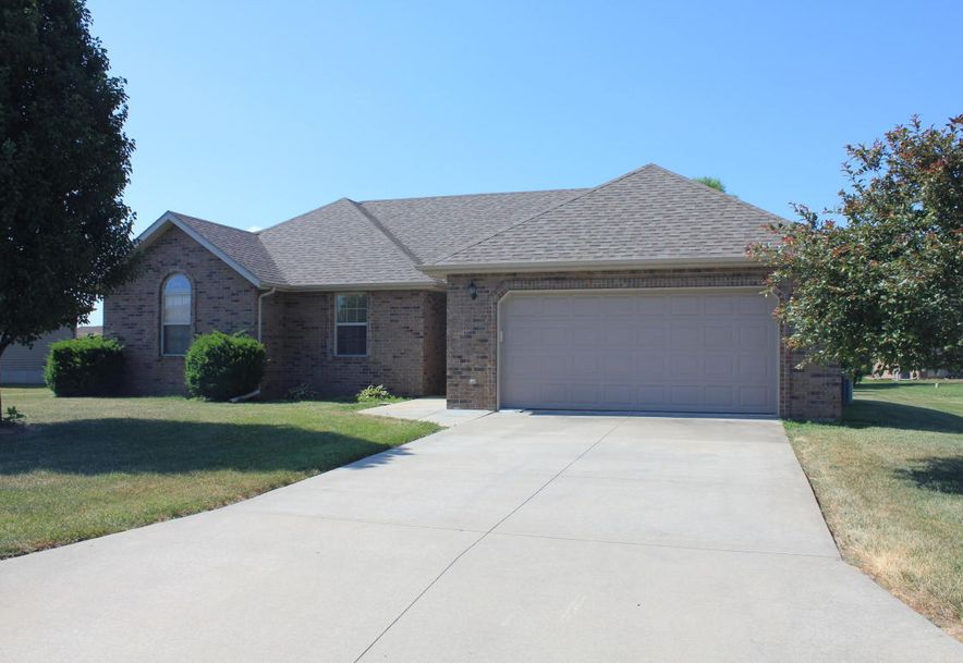 204 East Cypress Street Clever, MO 65631 - Photo 1