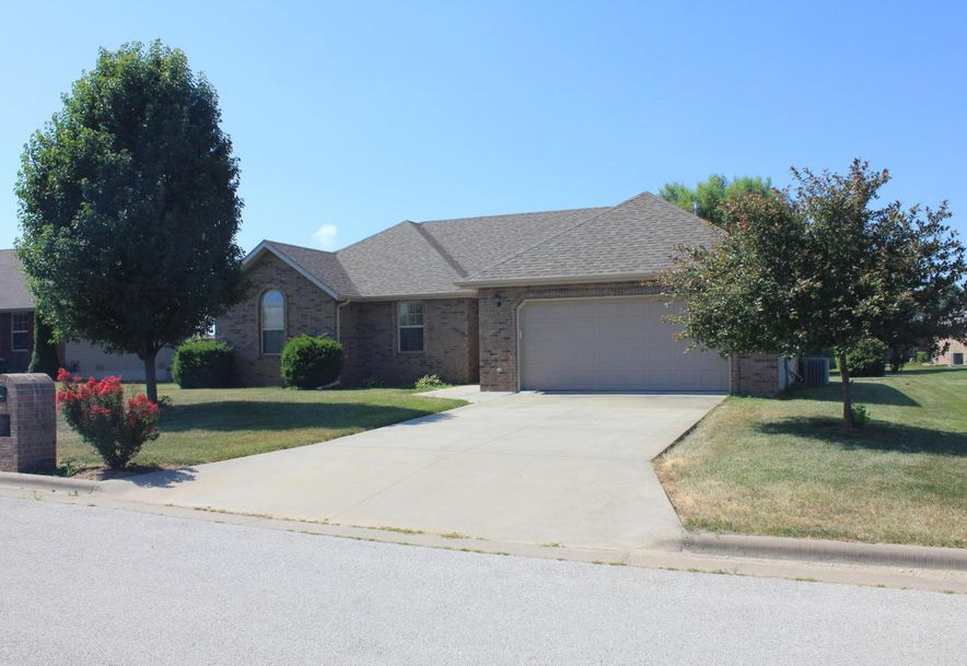 204 East Cypress Street Clever, MO 65631 - Photo 2