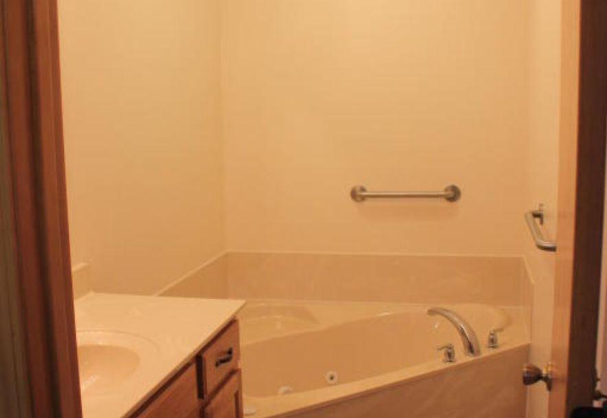 204 East Cypress Street Clever, MO 65631 - Photo 20
