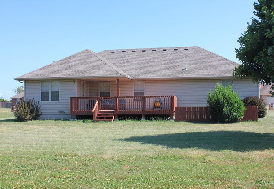 204 East Cypress Street Clever, MO 65631 - Photo 4