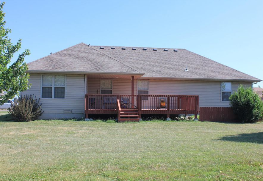 204 East Cypress Street Clever, MO 65631 - Photo 5