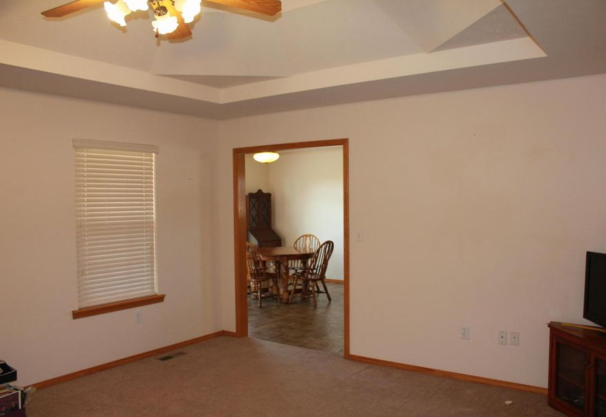 204 East Cypress Street Clever, MO 65631 - Photo 10