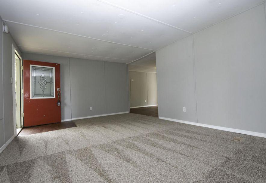 321 North Perryman Avenue Ash Grove, MO 65604 - Photo 4