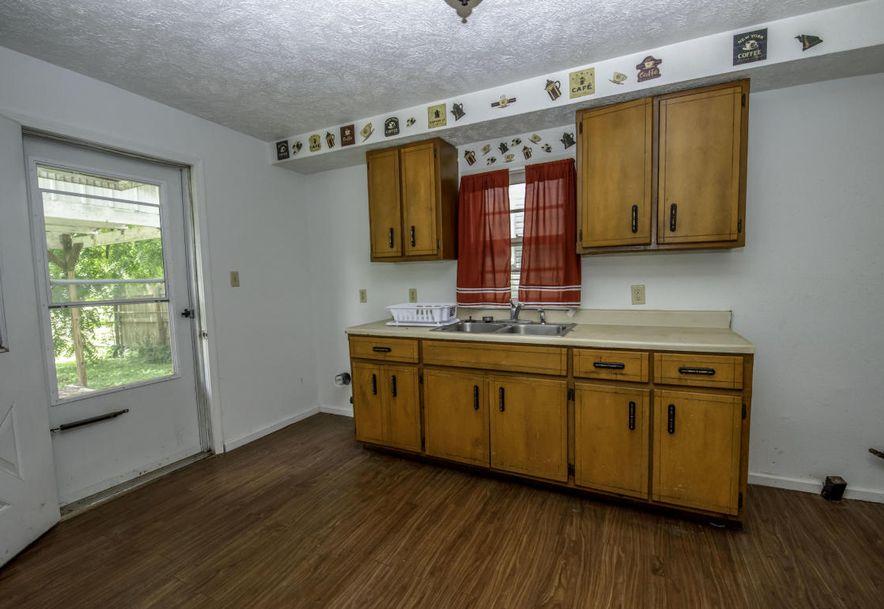 1327 North Marion Avenue Springfield, MO 65802 - Photo 4