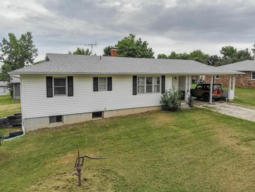 209 East Oak Street Stockton, MO 65785 - Image 1