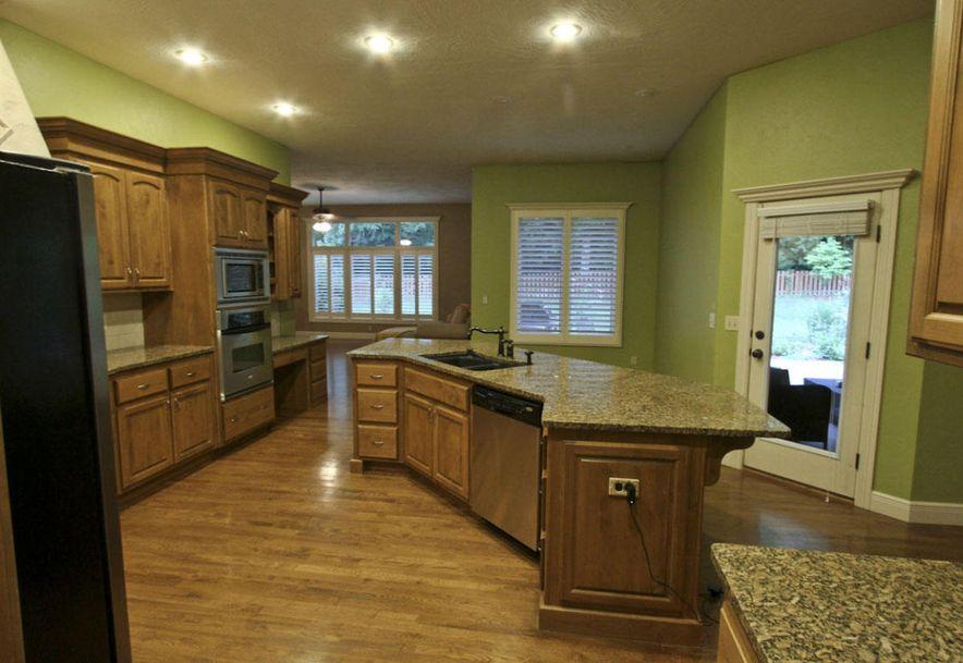 1462 East Wilder Drive Springfield, MO 65804 - Photo 8