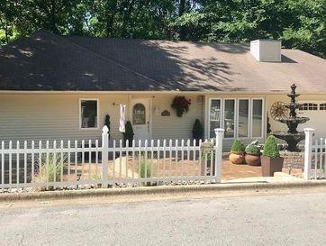 1012 Hickory Street Cassville, MO 65625 - Image 1