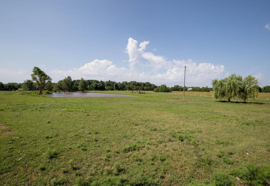 680 East Old Rt 66 Strafford, MO 65757 - Photo 17