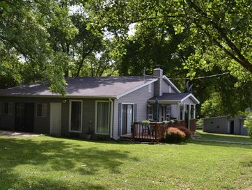100 Highway 5 Squires, MO 65755 - Image 1