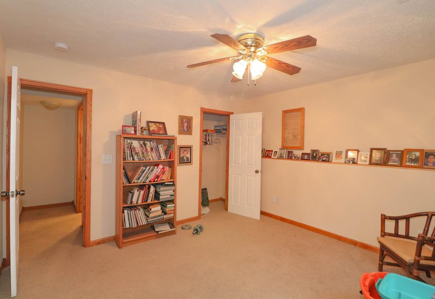 882 West Pembrook Avenue Nixa, MO 65714 - Photo 37