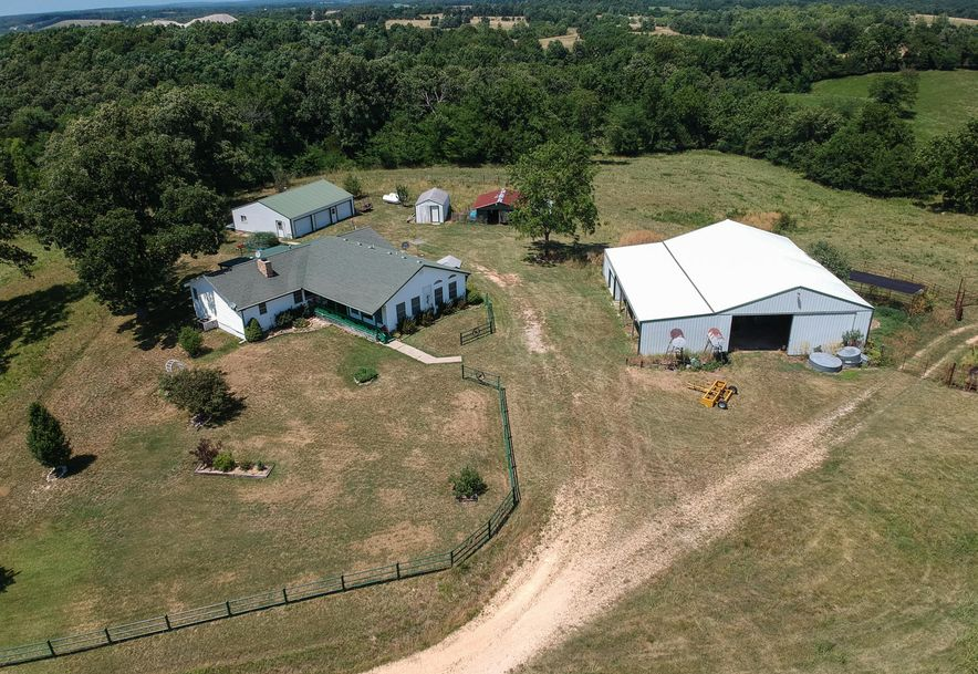 22692 Lawrence 2115 Mt Vernon, MO 65712 - Photo 5