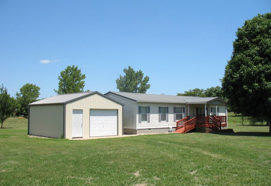 18368 Lawrence 2100 Mt Vernon, MO 65712 - Photo 3