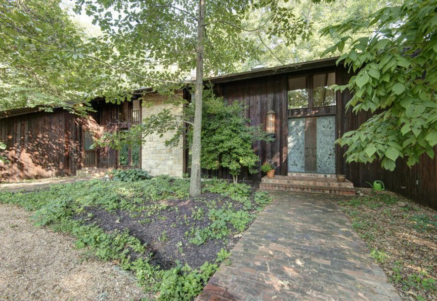 2125 South Cross Timbers Court Springfield, MO 65809 - Photo 2
