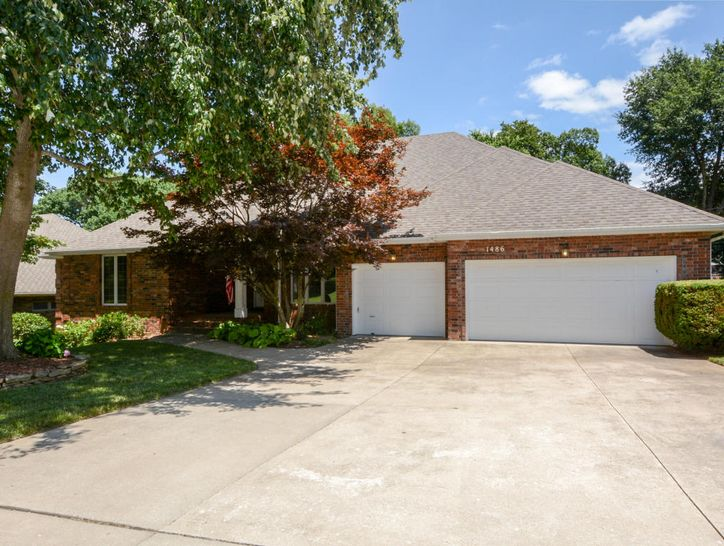 Photo of 1486 South Ranch Drive