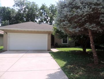 1720 South Robberson Avenue Springfield, MO 65807 - Image 1