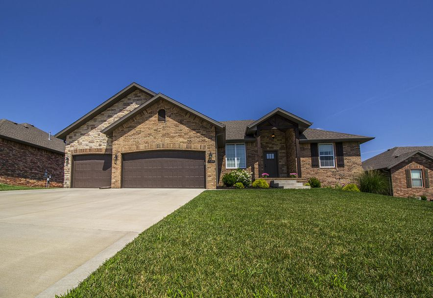 5714 South Cottonwood Drive Battlefield, MO 65619 - Photo 1
