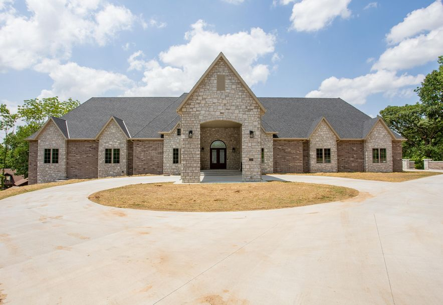 3219 East Sommerset Road Springfield, MO 65804 - Photo 13