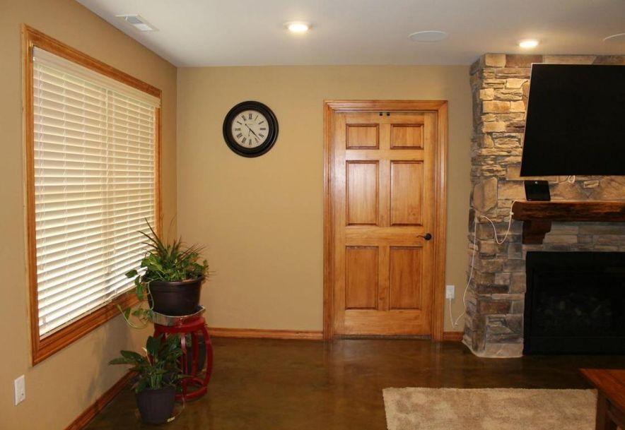 715 Valley Lane Stockton, MO 65785 - Photo 15