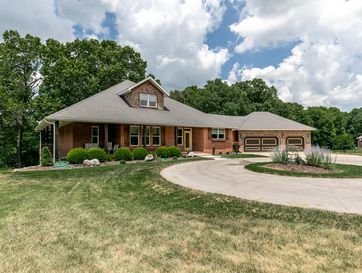 1523 North East Ridge Drive Strafford, MO 65757 - Image 1