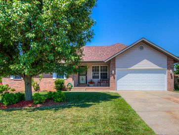 713 Berry Lane Willard, MO 65781 - Image 1
