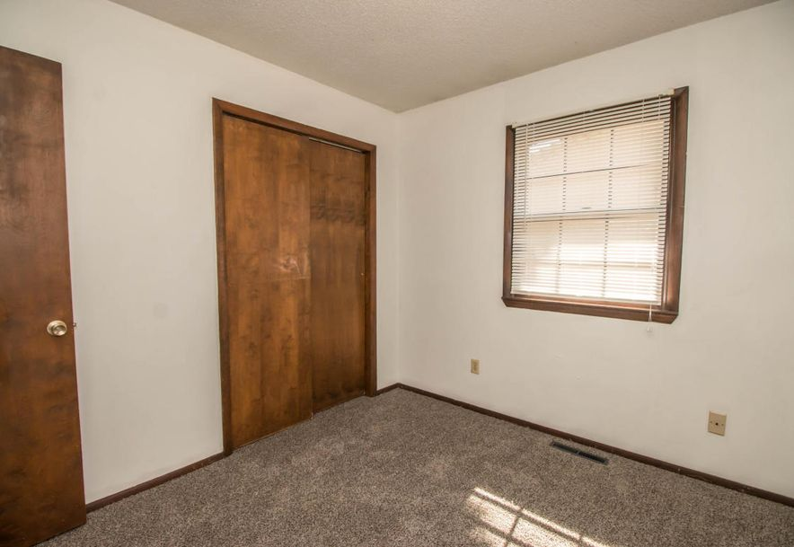 3141 East Sunset Street Springfield, MO 65804 - Photo 18