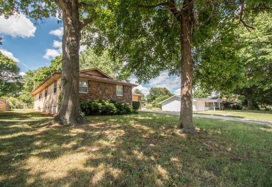 3141 East Sunset Street Springfield, MO 65804 - Photo 3