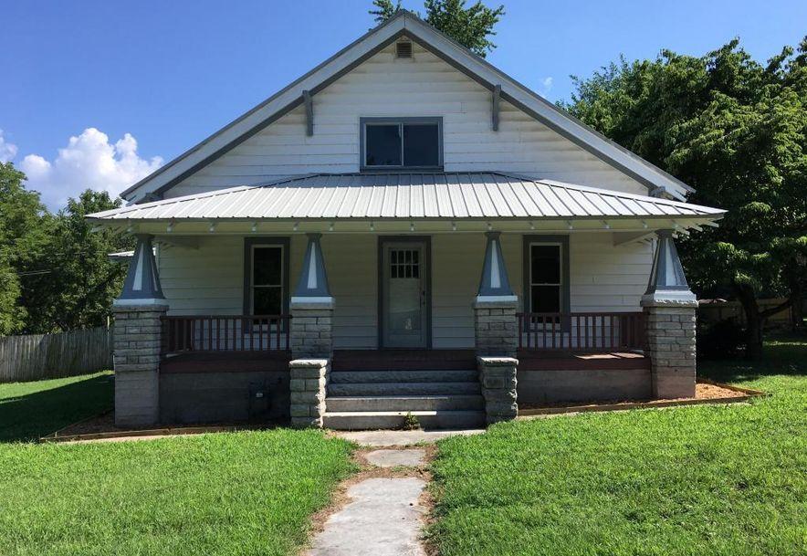 318 East Monroe Street Walnut Grove, MO 65770 - Photo 1