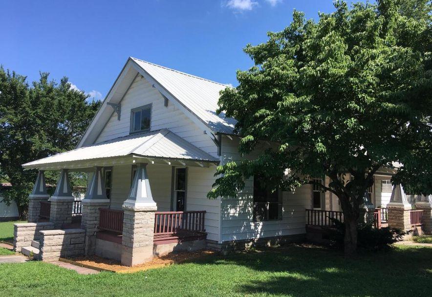318 East Monroe Street Walnut Grove, MO 65770 - Photo 2