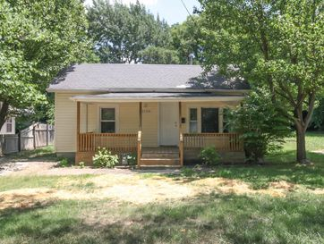 2128 North Howard Avenue Springfield, MO 65803 - Image 1