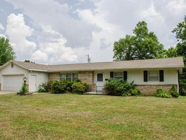 512 North Park Place Bolivar, MO 65613 - Image 1