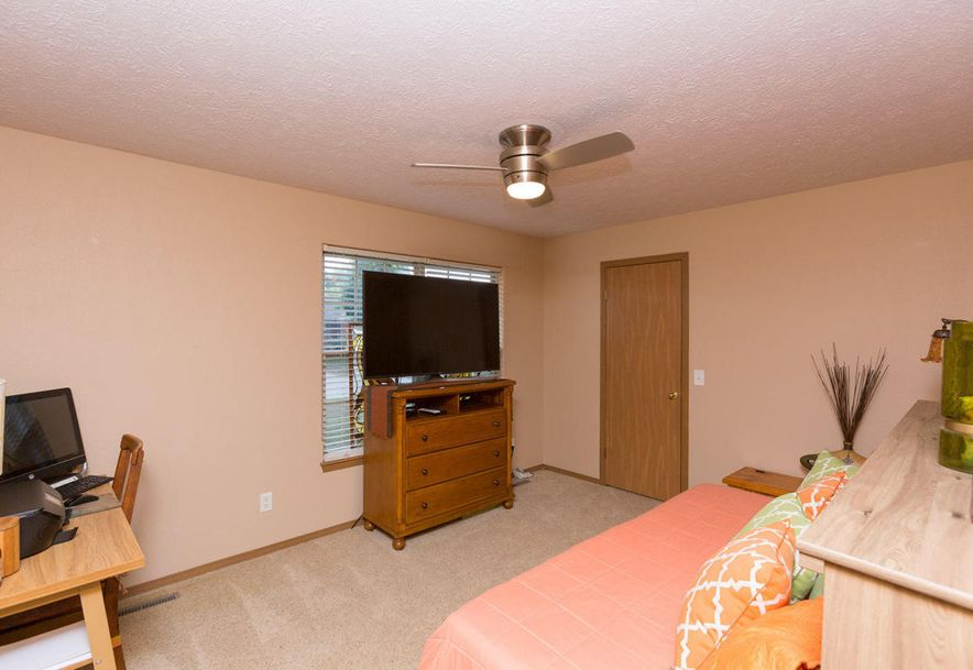 989 West Crestwood Street Nixa, MO 65714 - Photo 19