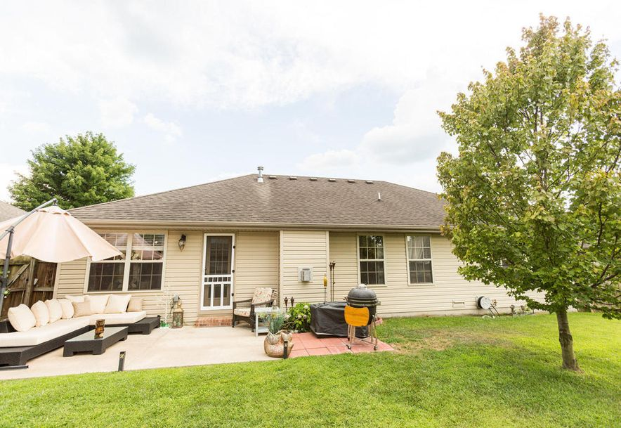 989 West Crestwood Street Nixa, MO 65714 - Photo 26