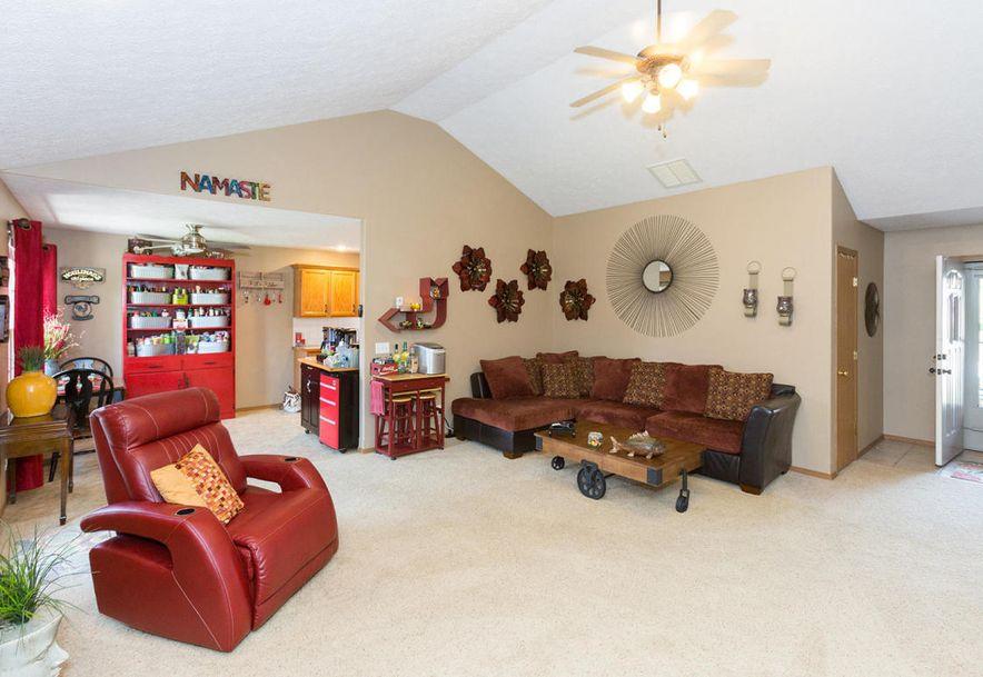 989 West Crestwood Street Nixa, MO 65714 - Photo 5