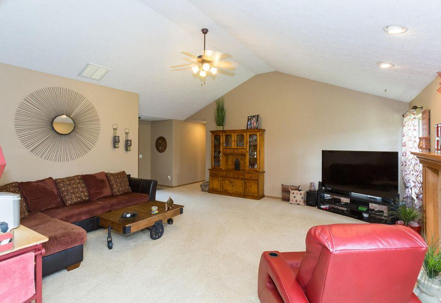 989 West Crestwood Street Nixa, MO 65714 - Photo 7