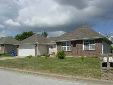 310 Westgate Drive Clever, MO 65631 - Image 1
