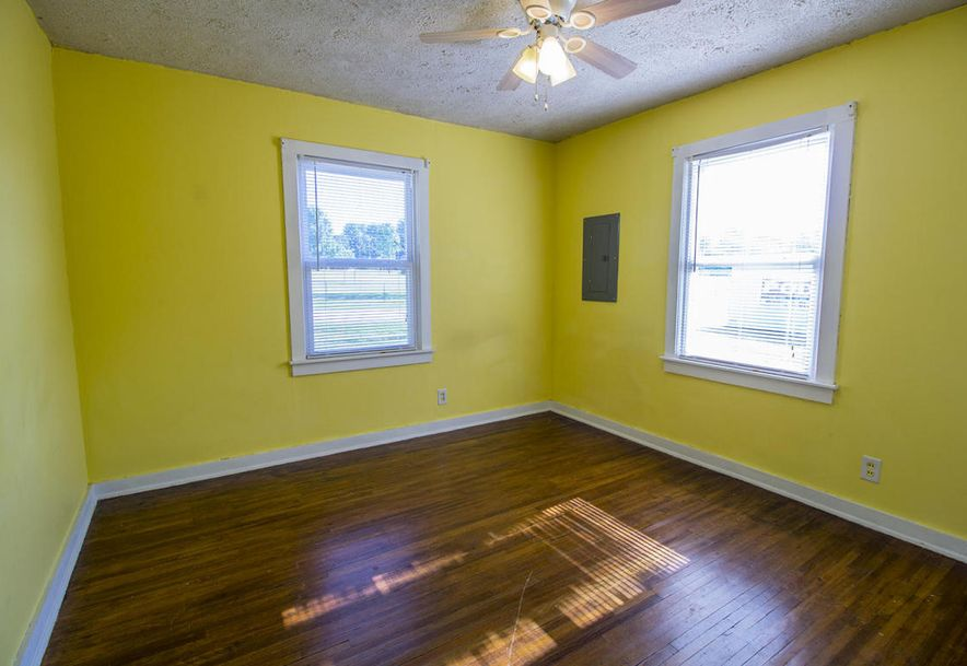 522 East Crestview Street Springfield, MO 65807 - Photo 11