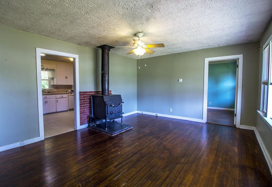 522 East Crestview Street Springfield, MO 65807 - Photo 5