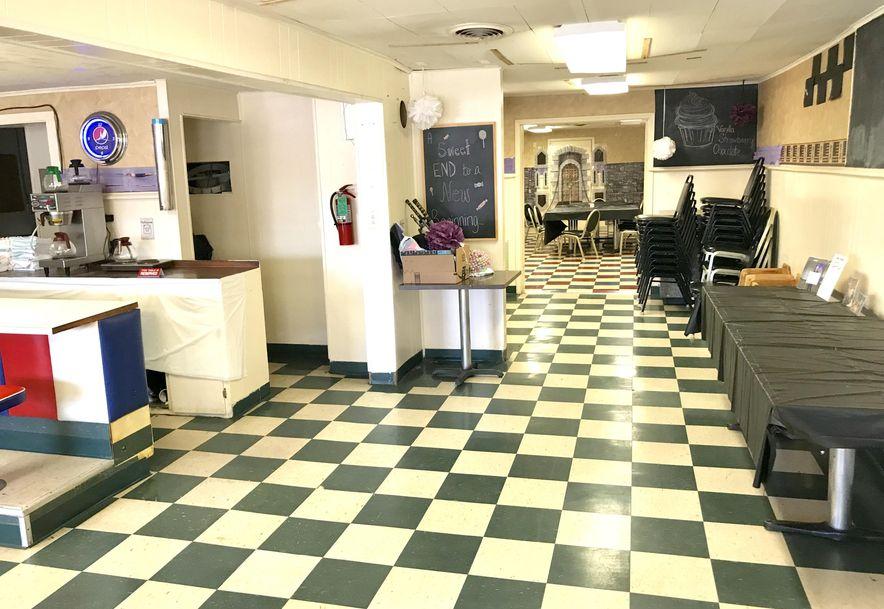213 South Main Avenue Bolivar, MO 65613 - Photo 4