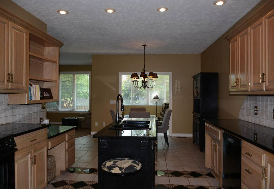 2304 South Wind Rose Place Springfield, MO 65809 - Photo 11