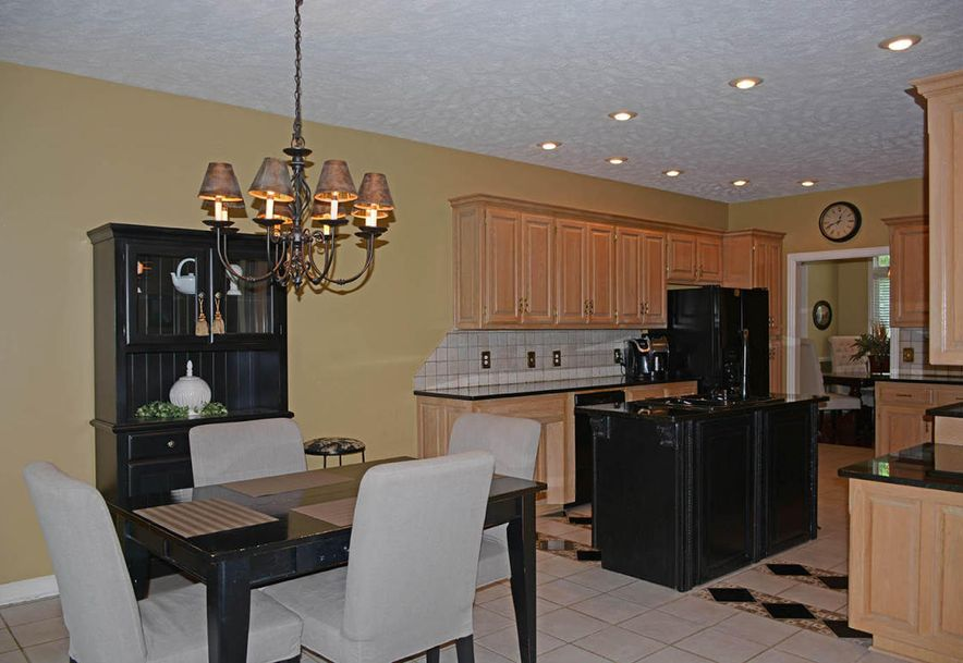 2304 South Wind Rose Place Springfield, MO 65809 - Photo 15