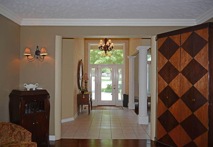 2304 South Wind Rose Place Springfield, MO 65809 - Photo 7