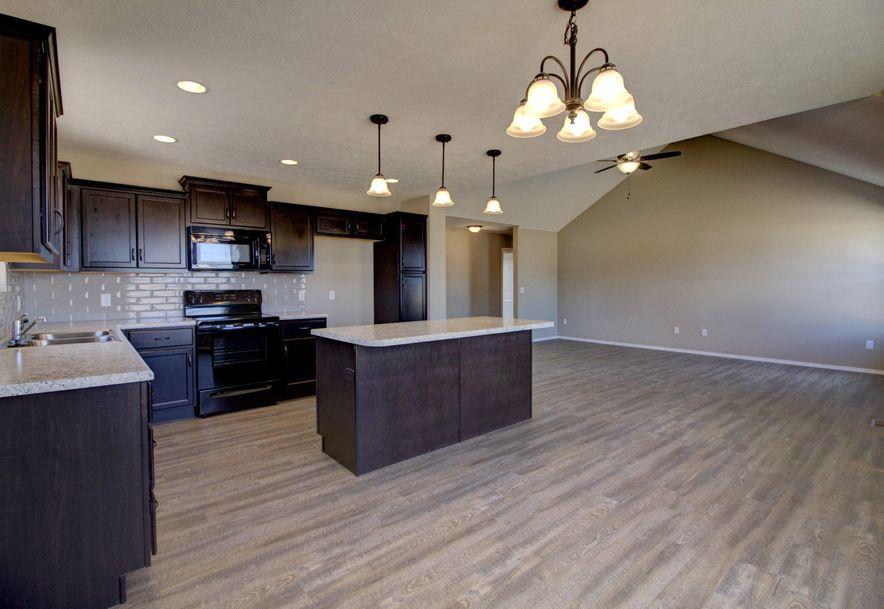 1160 Estate Avenue Marshfield, MO 65706 - Photo 4