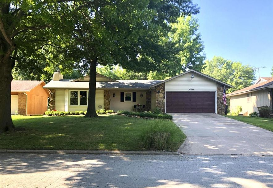 3054 West Countryside Drive Springfield, MO 65807 - Photo 1