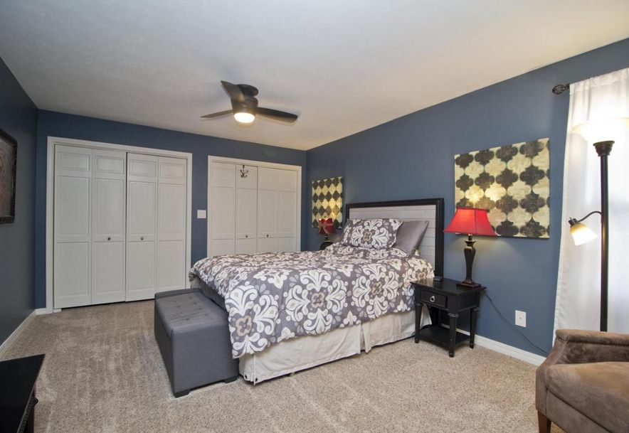 3054 West Countryside Drive Springfield, MO 65807 - Photo 16